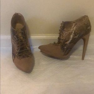 Penny loves Kenny lace up snakeskin booties